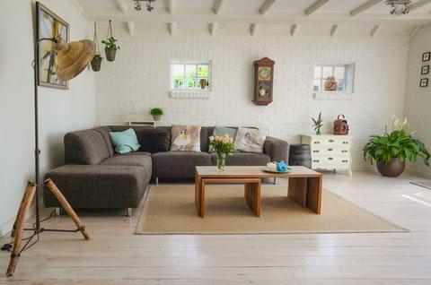 Koselig sofakrok med sofabord